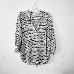 LUSH Black & White Dash Abstract Sheer Blouse XL